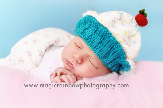 baby photography london cupcake hat